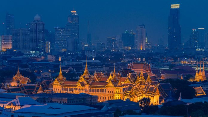 5 Easy Jobs in Bangkok for Foreigners