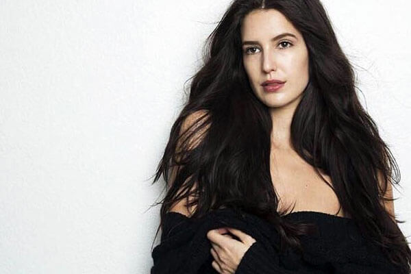 Isabelle Kaif is the New Face of Lakme