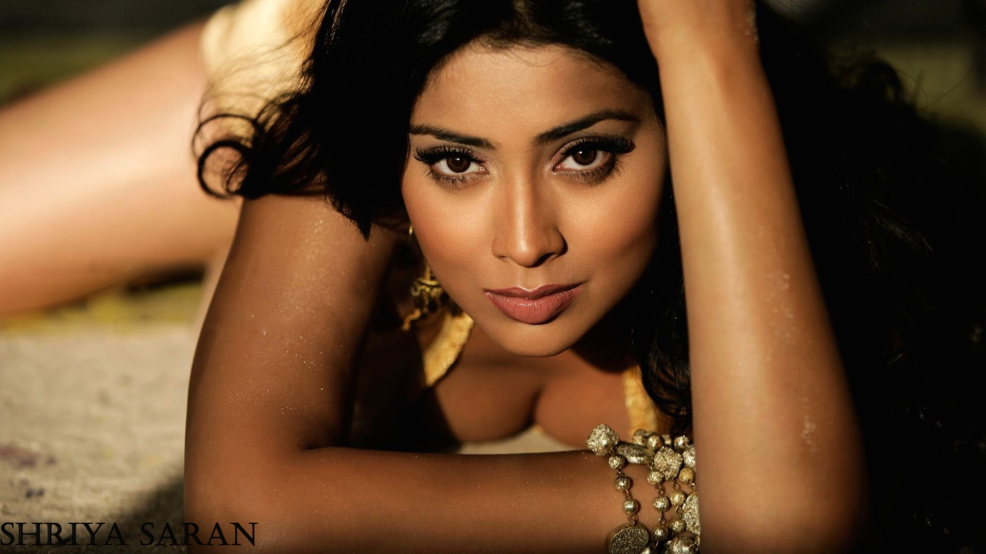 south sensation shriya saran to marry russian boyfriend in march