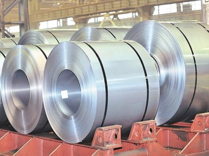 India considers raising import duty on steel to support rupee