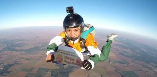 Indian skydiver jumps off plane from 13,000 feet to wish PM Narendra Modi on his birthday