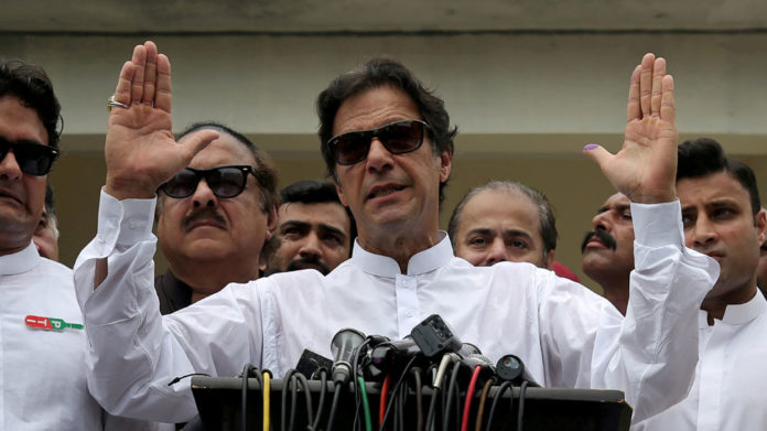 Women not allowed without dupatta in Imran Khan's 'Naya Pakistan'
