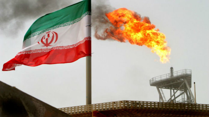 Iran sells more oil to private exporters to bypass US curbs