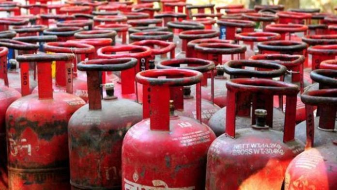 LPG price hiked by over Rs 2 after rise in dealers' commission.cms
