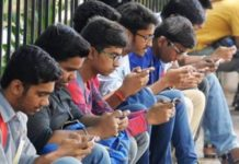 Smartphone users in India to double to 829 mn by 2022 Report