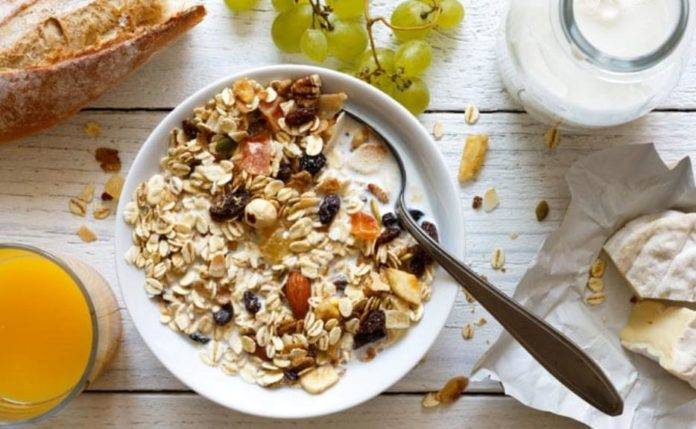 Eating breakfast can lower risk of type 2 diabetes