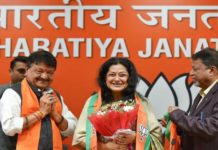 Yesteryear actress Moushumi Chatterjee joins BJP