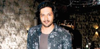 Ali Fazal's nude pictures get leaked online, actor confirms 'yes, it's me'-Watch