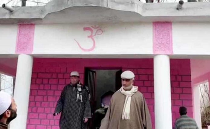 Muslims join hands with Pandits to renovate 80-yr-old temple in Pulwama