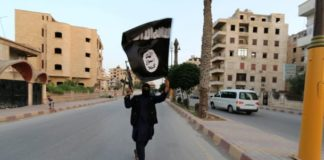 On brink of Syria defeat, Islamic State unleashes car bombs